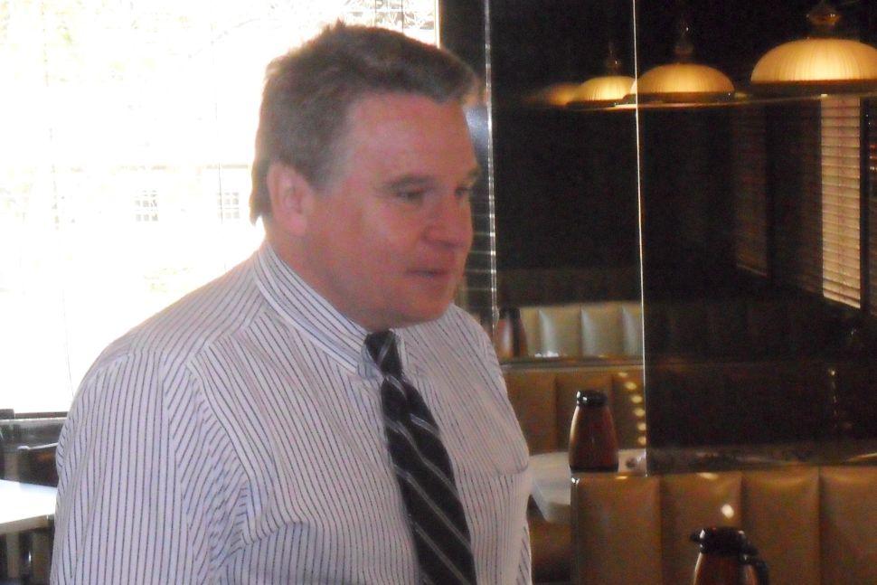 Smith likes Romney early for Prez