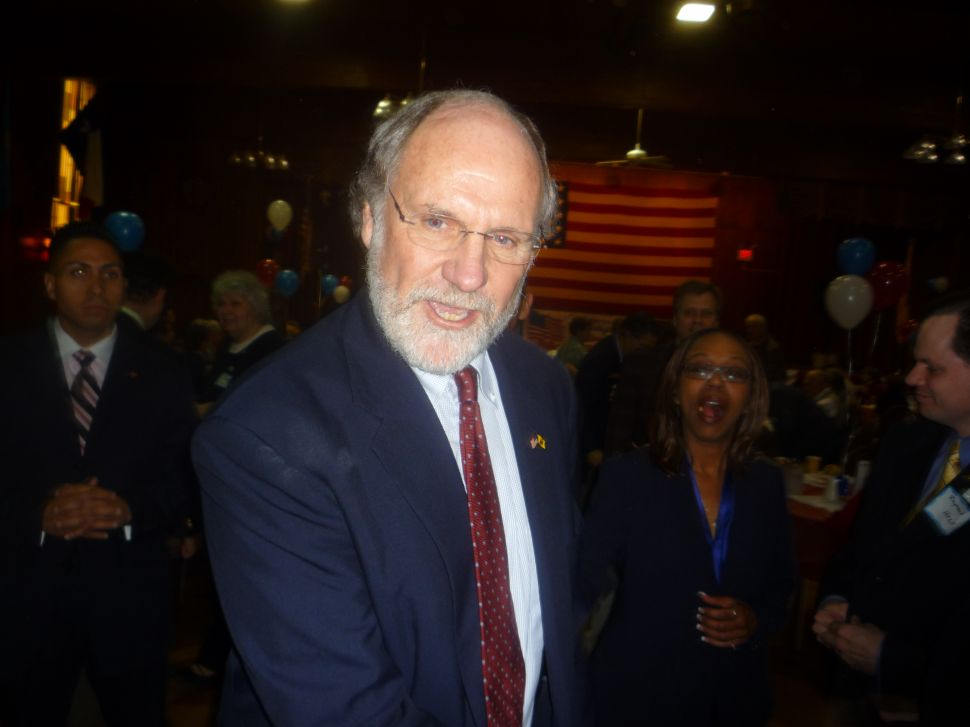 Somerset Dems overcome their irritation with Corzine for dissing prosecutor pick