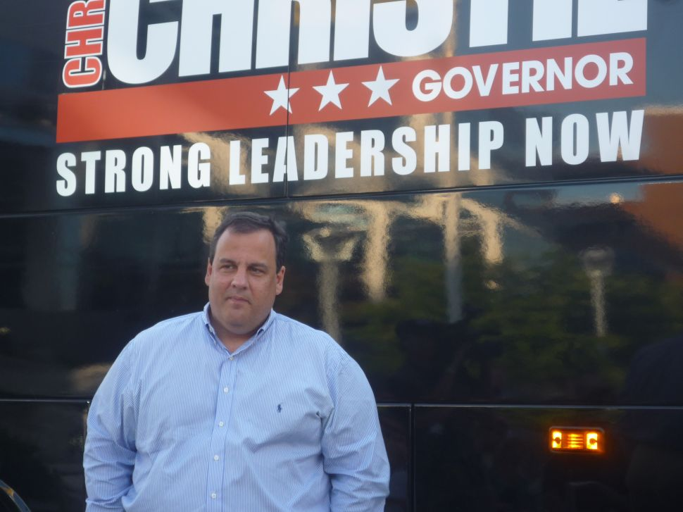 Christie targets complacency on final leg of weekend bus journey