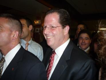 Stack to endorse Christie tomorrow