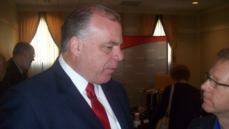 Sweeney attempts to pacify caucus