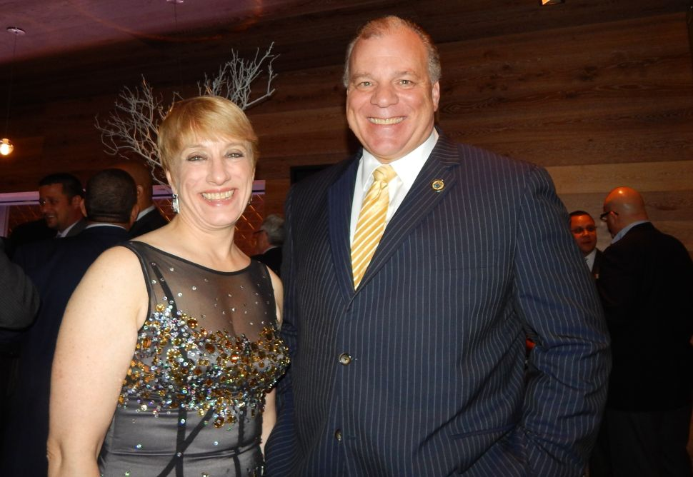 Sweeney shows dominance at League of Municipalities party