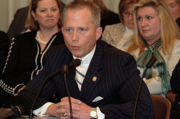 Van Drew lauded by Christie for tax-cut support