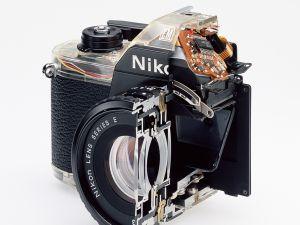 Cutaway model Nikon EM. Shutter (2007).