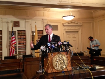 Wisniewski: Either Christie is unaware of what his office is doing or he is lying
