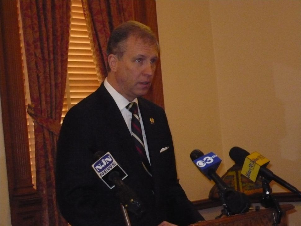 "Wisniewski: ""We don't have enough money to pay our bills"""