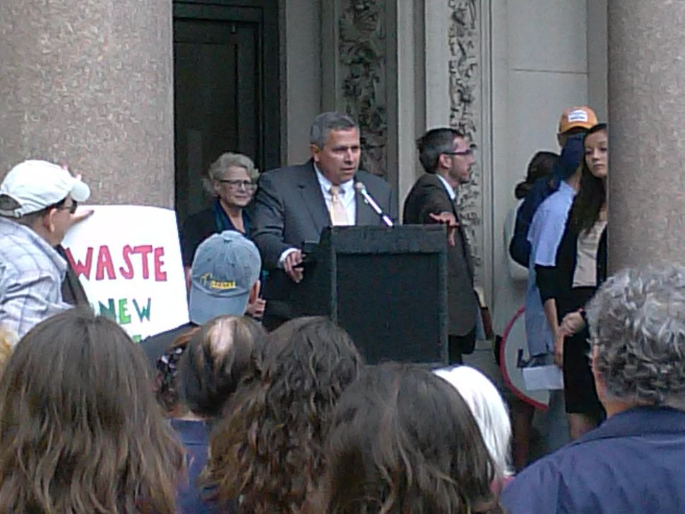 Lawmakers and activists rail against fracking waste