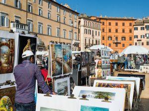 Art vendors on the street in Italy's capital. (Courtesy Photo Libra)