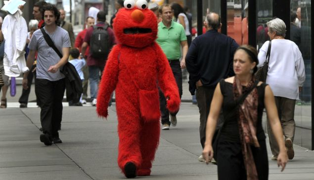 Elmo Bad: A costumed Elmo wanders Times Square. (Getty)