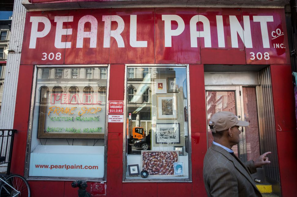 Pearl Paint Closes Last Two Existing Locations