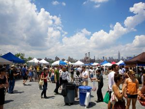 Soon, Manhattanites can fight over artisanal pickles too. (Flickr/Nicole Franzen)