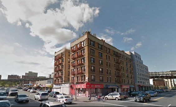 Residents of Shelter Home React to Sudden Eviction From Bronx Landlord