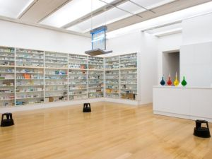 A Damien Hirst pharmacy installation. (Courtesy DamienHirst.com)