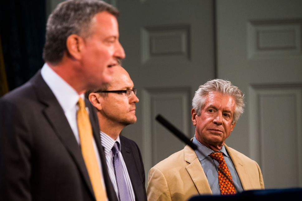 De Blasio Refuses to Fire CCRB Head Who Said Cop Unions 'Squealing Like a Stuck Pig'
