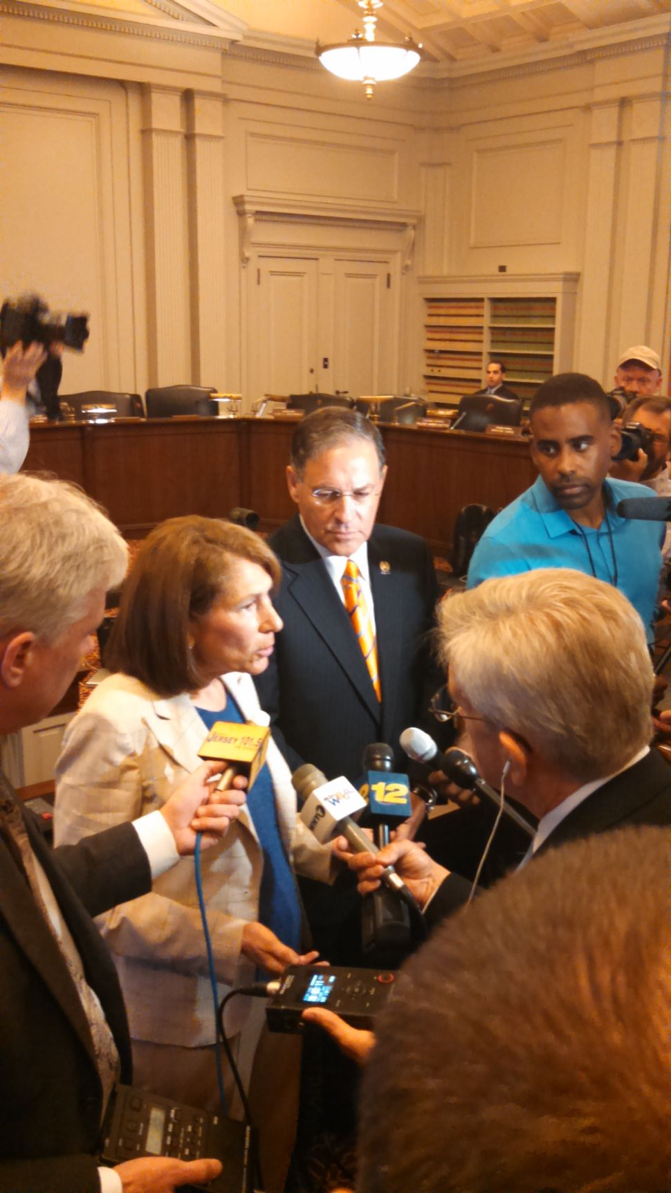 Bramnick, Handlin blast Investigations Committee for lack of results