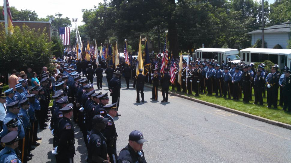 U.S. Honor Flag links funerals of two fallen police officers