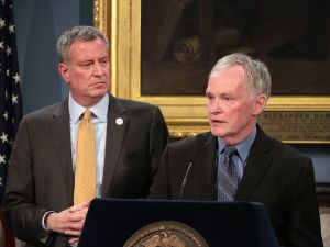 Corrections Commissioner Joseph Ponte, with Mayor Bill de Blasio in March. (Photo: Ed Reed/Office of the Mayor)