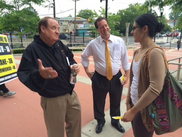 Battleground Bayonne: Codey shows support for Mayor Smith at train station campaign stop