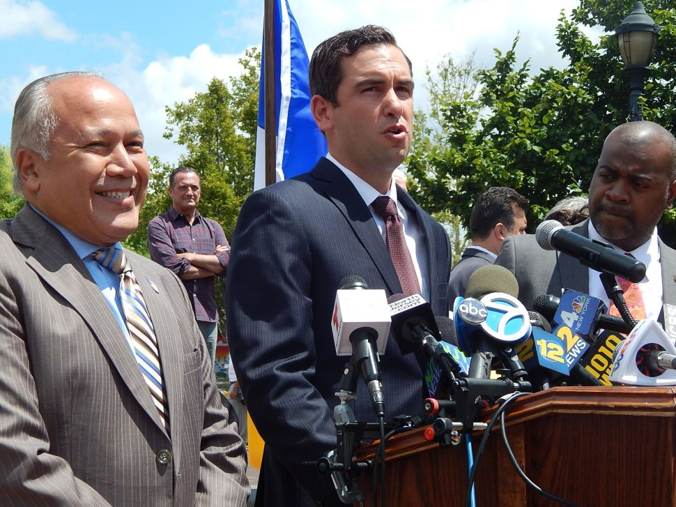 Faced with violent crime wave, Baraka, Fulop and Torres forge three-city partnership