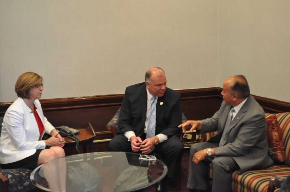 On tour in North Jersey, Sweeney meets with Paterson Mayor Torres, State Senator Pou to discuss future of city