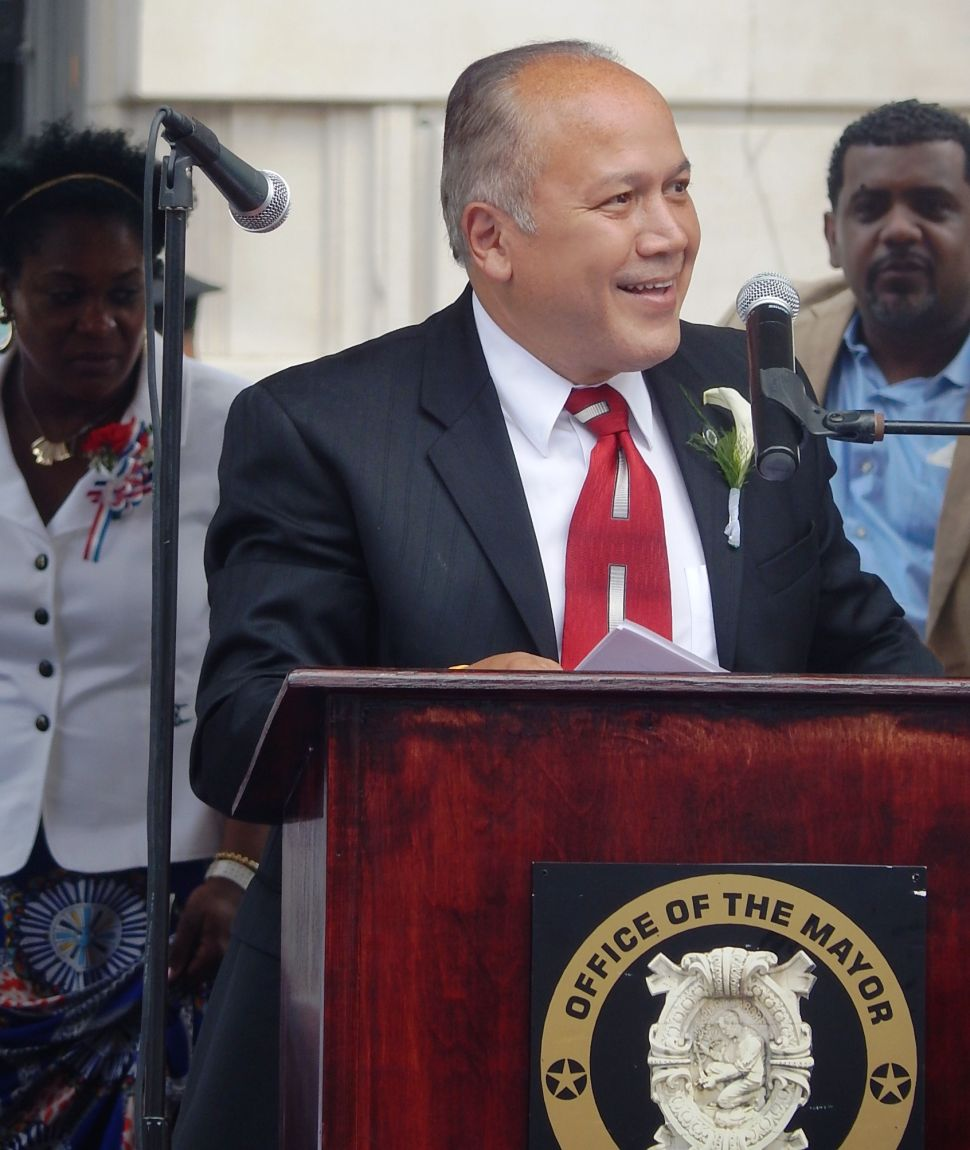 Paterson Mayoral Swearing-in: Torres calls on the city to support 'renaissance'