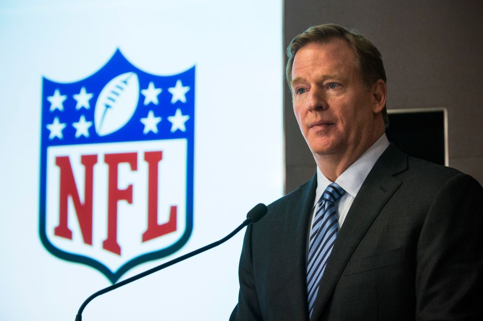 NFL Commissioner Goodell Calls on Congress to Regulate Sports Betting