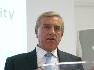 Sir Peter Lampl. (Wiki)