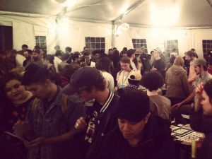 Crowds at the NY Art Book Fair at MoMA PS1. (Photo courtesy @DUMDUMZINE on Twitter)