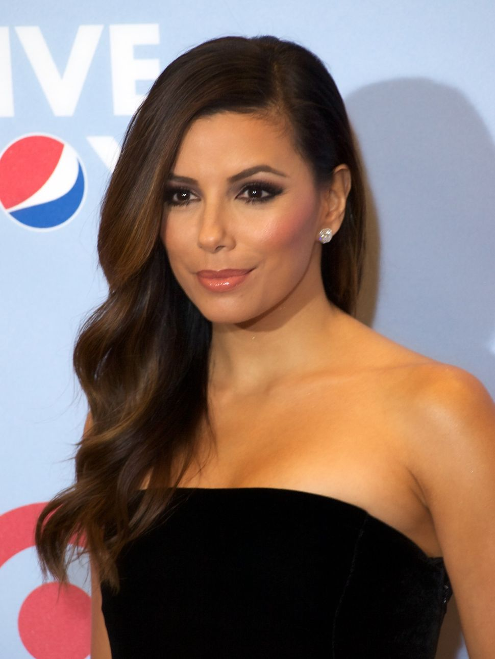 Eva Longoria Claims Apple Store Employees Contacted Her Directly to Tell Her They're Fans