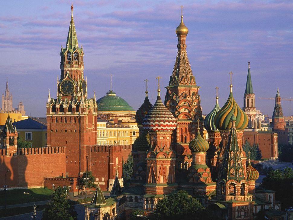 U.S. Artists Invade Top Russian Art Fair
