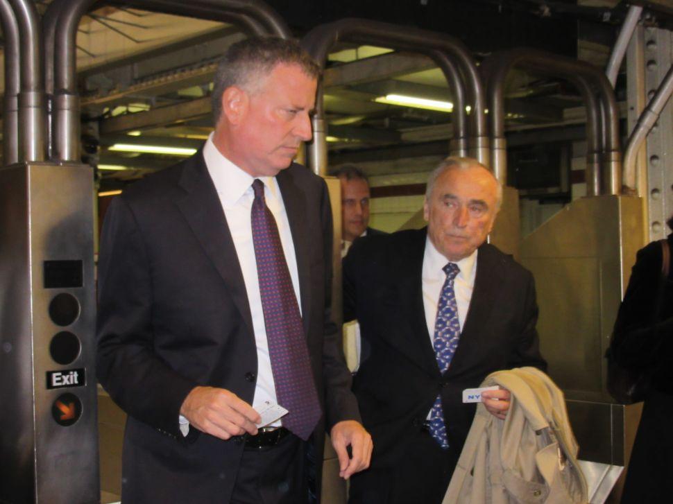 Bratton and de Blasio Ride the Rails After Iraq Terror Threat