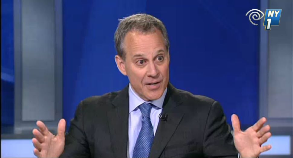 Schneiderman Says John Cahill's Attacks 'Falling Short'