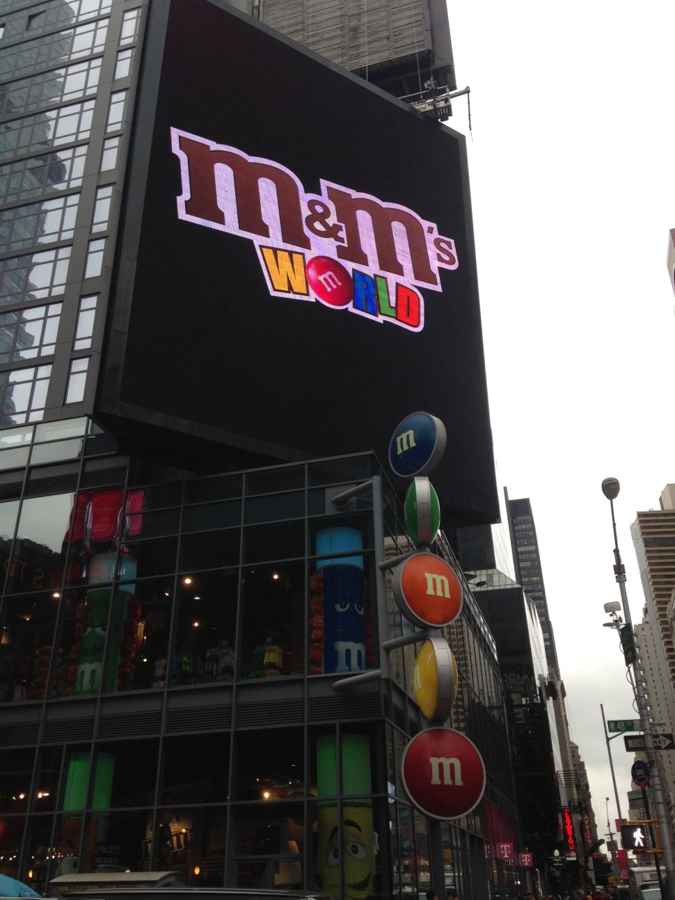 Metal Pole Falls Off M&M Store, Two Tour Workers Injured
