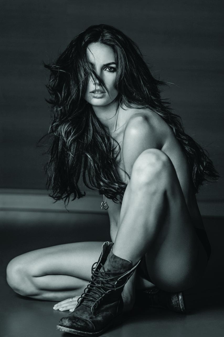 Victoria's Secret Weapon – Photographer Russell James