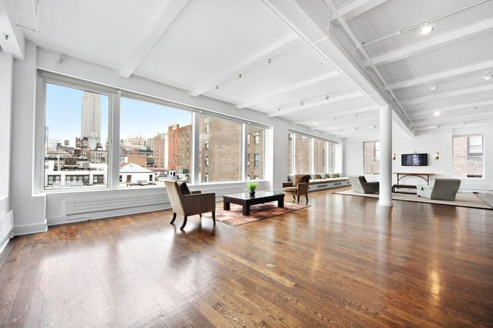 Riding Spinners: Cyclist Speeds from Flatiron Loft for $7.8M