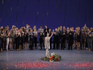 Wendy Whelan farewell performance bows. (Photo by Paul Kolnik)