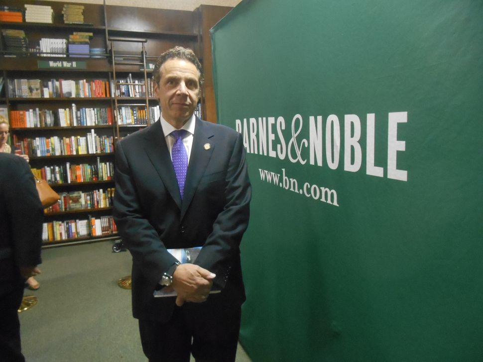 Andrew Cuomo Undaunted by One-Star Amazon Reviews
