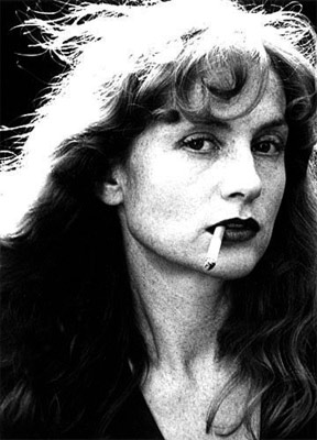 Art World Abstracts: Isabelle Huppert Curates a Mapplethorpe Show, and More!