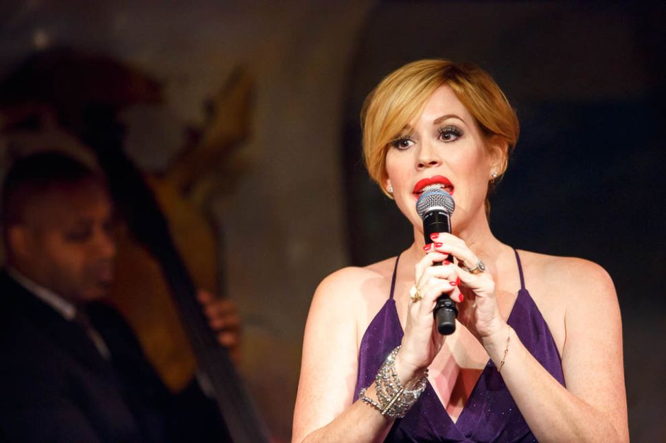 Try as She Might, Molly Ringwald Is Not a Jazz Singer
