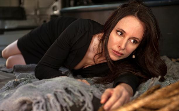 'Revenge' Recap 4×2: Sister-Evil Sister