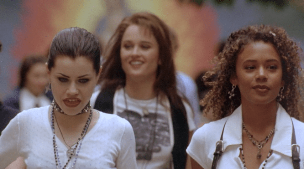 How to Dress Up As the Badass Teen Witches of 'The Craft' For Halloween