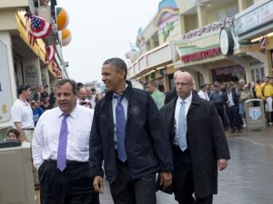 US President Barack Obama and New Jersey Governor Chris Christie in Point Pleasant, New Jersey, (SAUL LOEB/AFP/Getty Images)