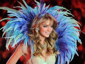 Lindsay Ellingson, 30, Angel, @lindsellingson