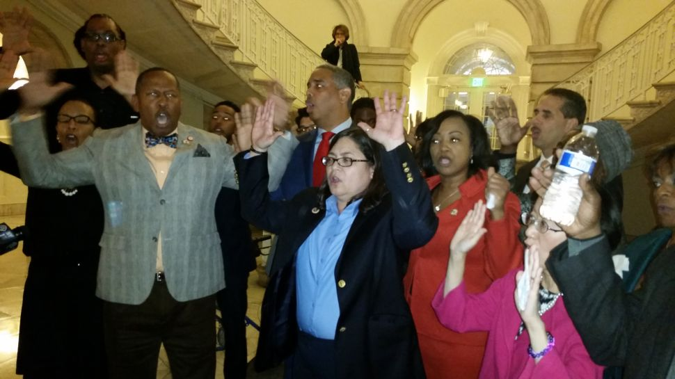 Protesting Ferguson, Pols Walk Out of Council Meeting Crying 'Black Lives Matter'