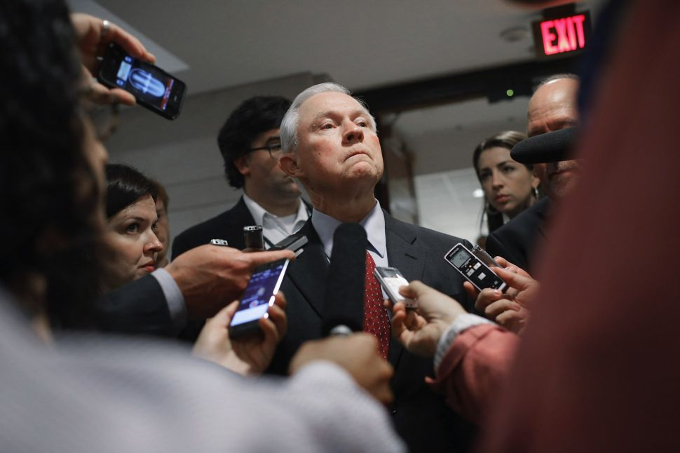 Charles Schumer Demands Jeff Sessions Resign After Revelations of Russian Contacts