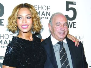 Beyoncé and Sir Philip Green celebrate the Opening of TOPSHOP TOPMAN's Fifth Avenue Store. Photo by Patrick McMullan)