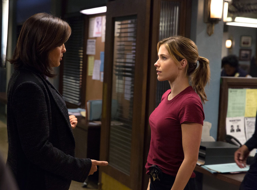 'Law & Order: SVU' Recap 16×7:  'Chicago Crossover'