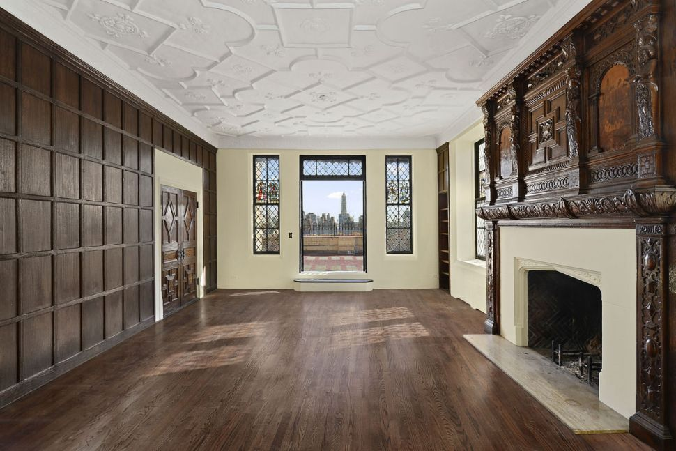 On the Market: It's No Castle, But Hearst's Pied-a-Terre Is Pretty Nice, Too