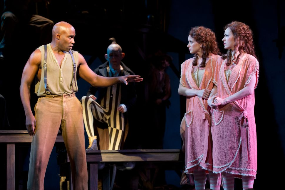 Bill Condon's Updated 'Side Show' Is Nothing Short of Electrifying