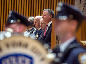 Mayor Bill de Blasio delivers remarks at an NYPD promotions ceremony on December 19. (Demetrius Freeman/Mayoral Photography Office)
